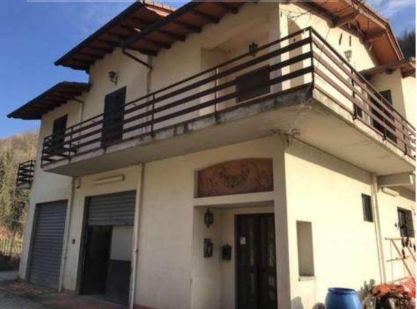 Appartamento vendita SAN GODENZO (FI) - 4 LOCALI - 190 MQ