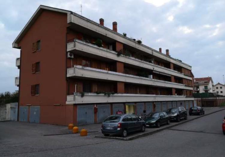 Appartamento vendita MAGENTA (MI) - 4 LOCALI - 84 MQ
