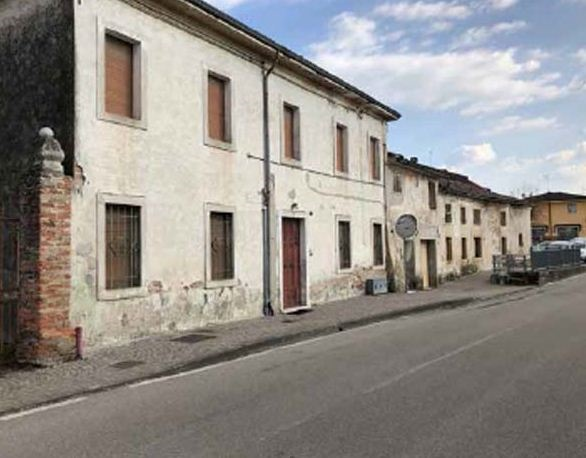 Cascina/casale vendita OPPEANO (VR) - 6 LOCALI - 152 MQ