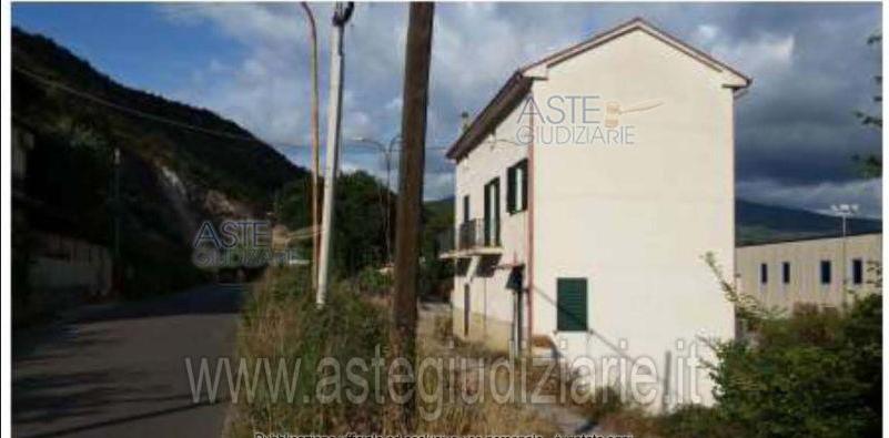 Villa vendita CASTELFORTE (LT) - 4 LOCALI - 160 MQ