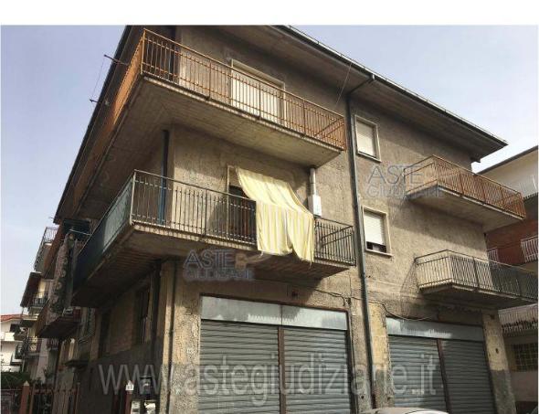 Appartamento vendita FONDI (LT) - 3 LOCALI - 116 MQ