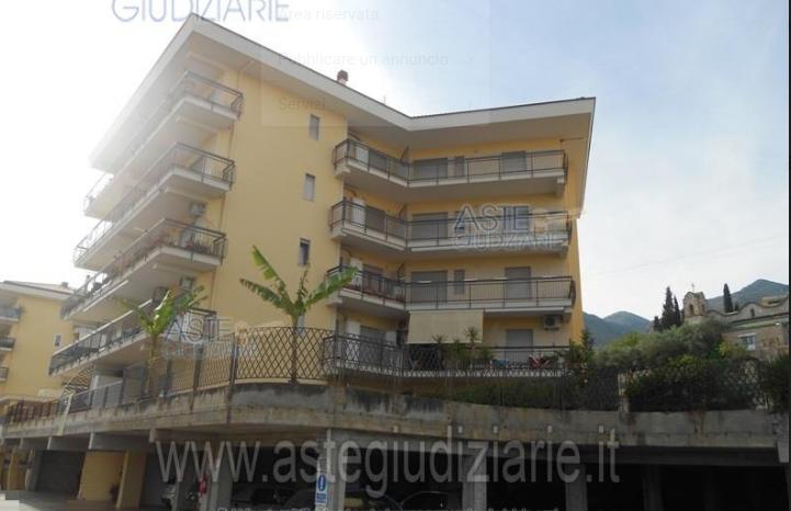 Appartamento vendita FORMIA (LT) - 5 LOCALI - 127 MQ