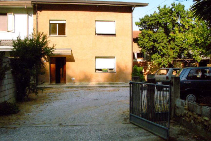 Cascina/casale vendita AZZANO DECIMO (PN) - 5 LOCALI - 188 MQ