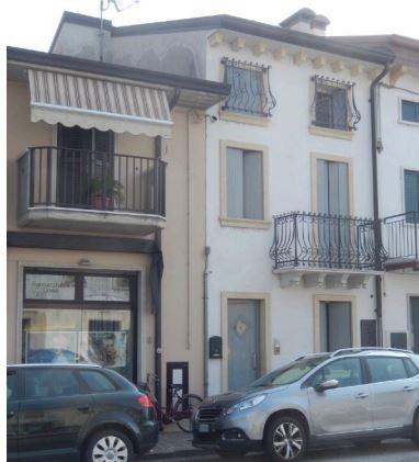 Villa vendita VIGASIO (VR) - 5 LOCALI - 188 MQ