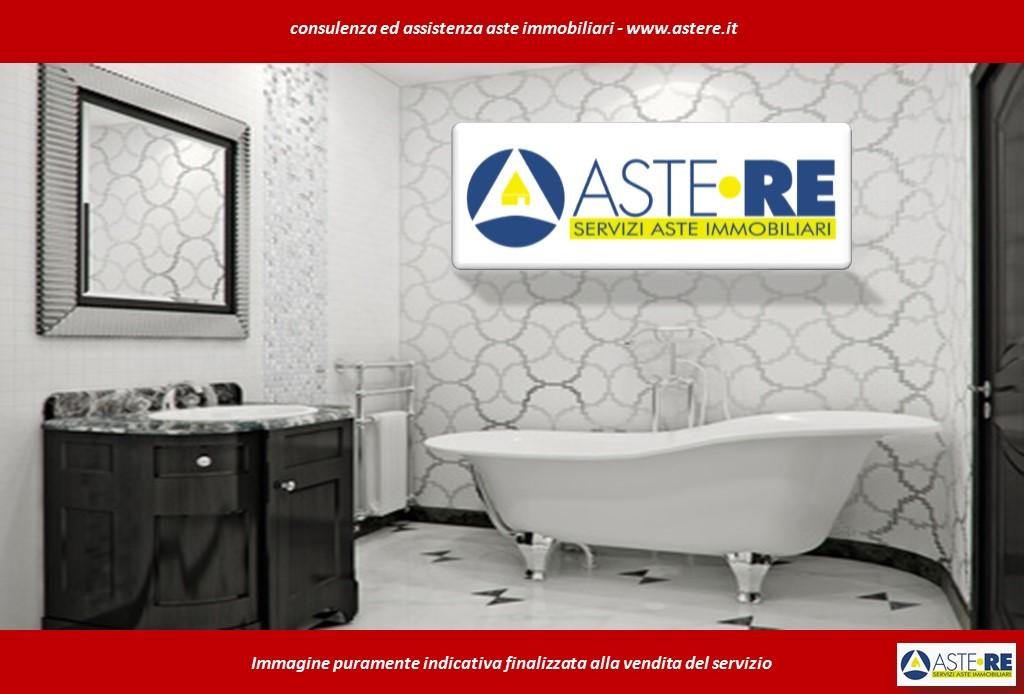 Appartamento in vendita a Venegono Inferiore, 2 locali, prezzo € 57.500   CambioCasa.it