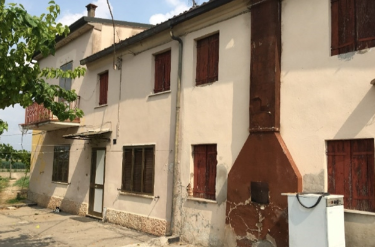 Cascina/casale vendita VILLA BARTOLOMEA (VR) - 6 LOCALI - 239 MQ