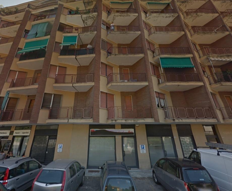 Locale Commerciale in Vendita Canelli