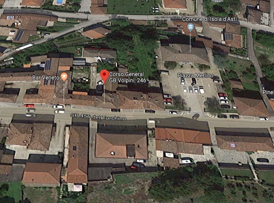 Stabile/Palazzo in Vendita Isola d'Asti